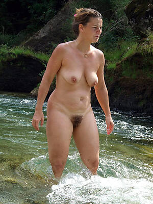 Naked mature free pictures