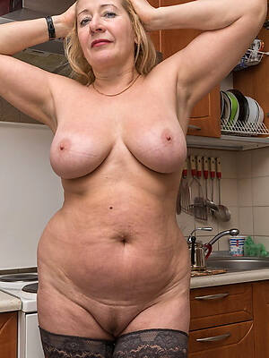 Mature naked photo