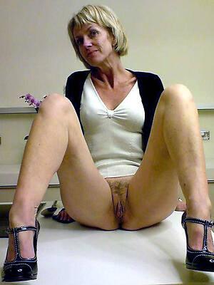 Mature naked photo