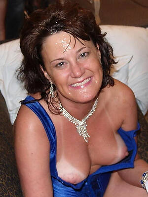 Mature naked gallery