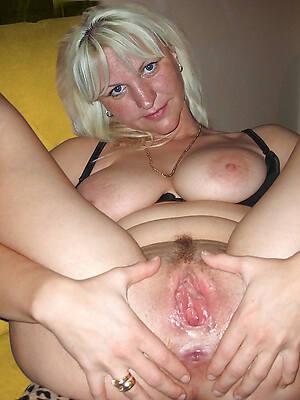 Mature horny pics