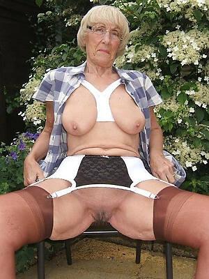 Amateur mature sex pics