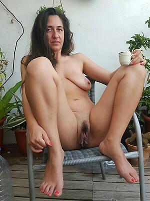 Natural sexy mature pics