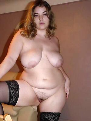 Nice nude mature