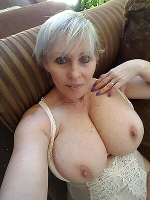 Naked mature images