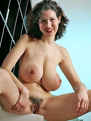 Naked old lady