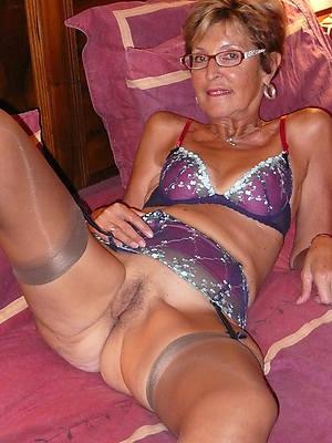 Nude over 60 Granny Porn