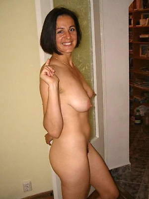 Single nude pics