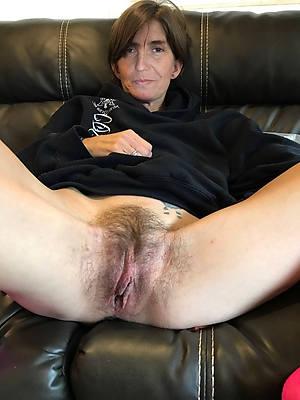 Older women nude pics