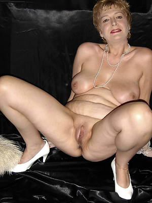 Hot women nude images