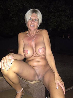 Free mature porn pics gallery