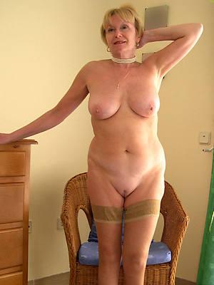 Hot mature porn photo downloads