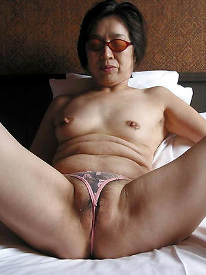 Asian women porn pics