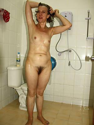Mature women small tits sex pics