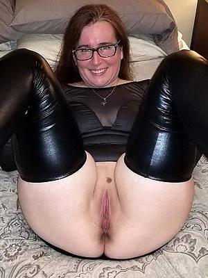 Horny mature porn downloads