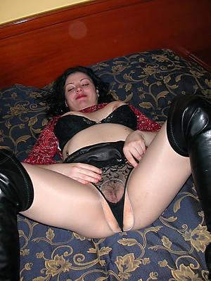 Hot mature porn downloads