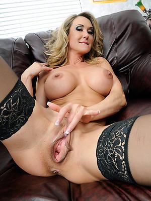 Naked mature porn photos
