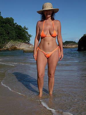 Hot mature naked photos downloads
