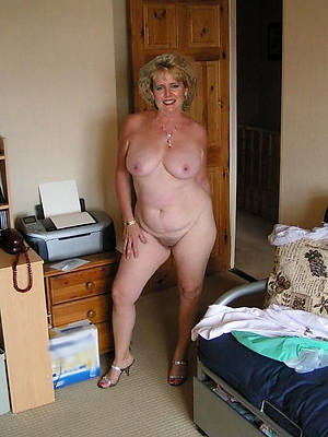 Beauty mature porn photos