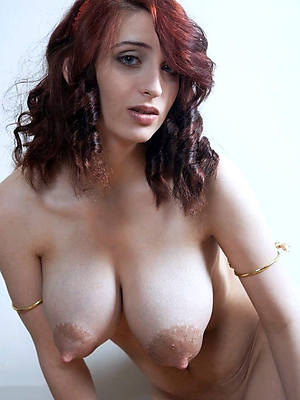 Real mature women nude pics