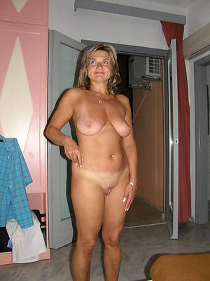 Hot mature women porn photo