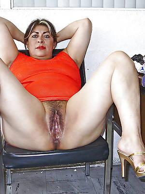 Free women porn pics downloads