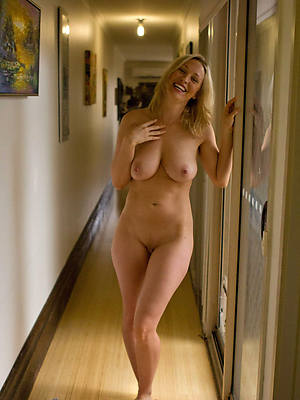 Hot mature women porn pictures