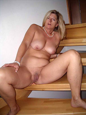 Hot mature porn photos