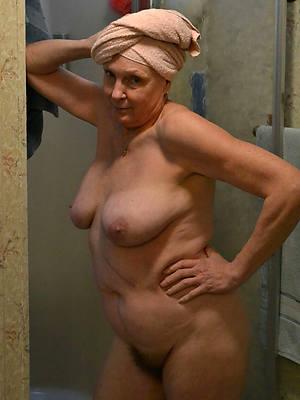Mature women home porn pics