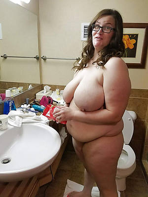 Mature women porn pictures free