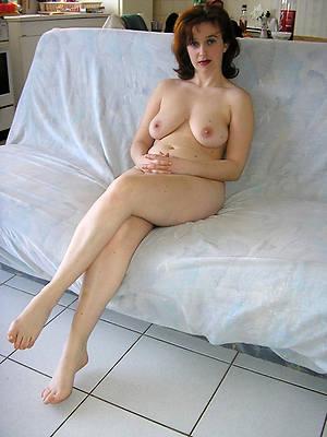 Mature nude home pics