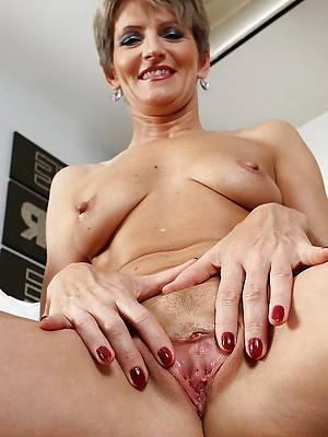 Sexy mature home porn photos