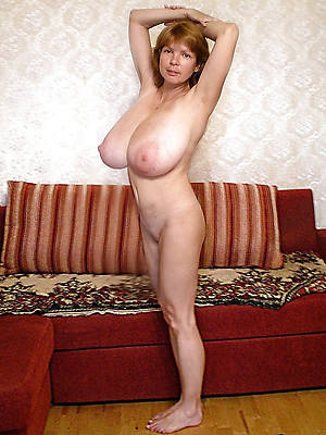 Horny mature porn pictures