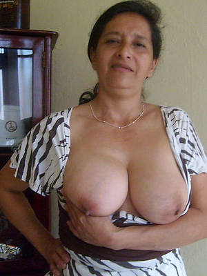 pictures of nude indian ladies