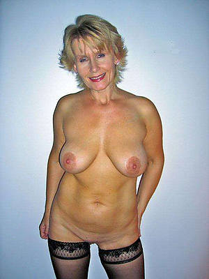 Whatch mature nude pics