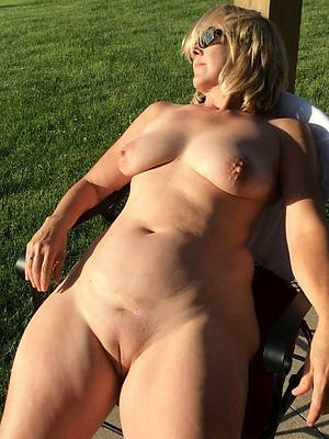 Mature mom porn pics