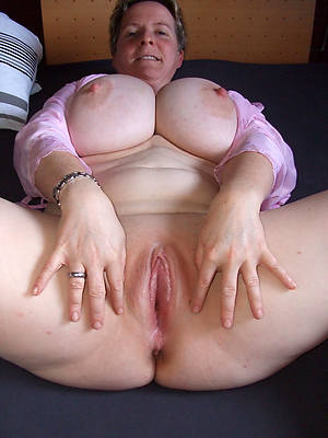 Beauty mature porn photos