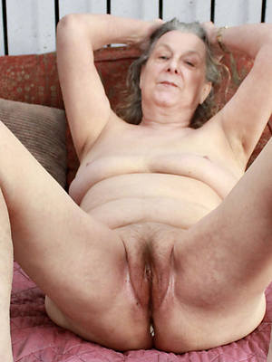 Beautiful mature porn pic