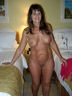 Beauty mature nude pic