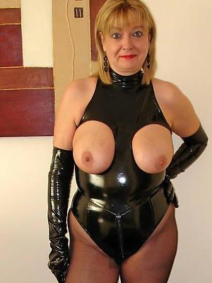 Best mature lady porn pics