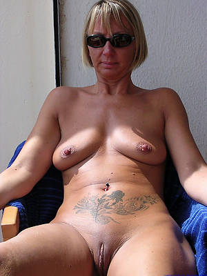 Mature porn downloads pictures
