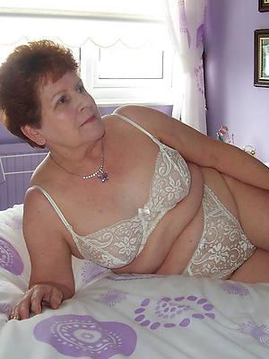 Horny mature women pics