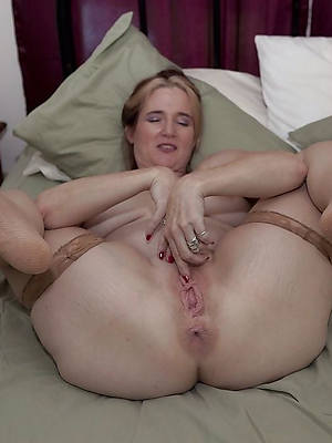 Real mature porn foto