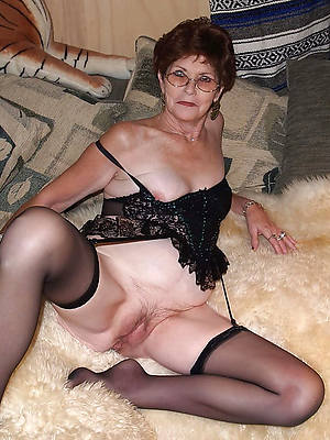 Nasty mature porn photos