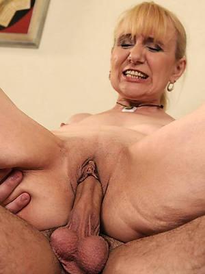 Sexy mature porn pic