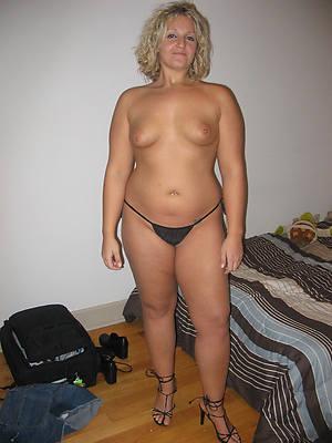 Pretty mature porn pics