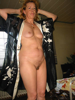 Pretty nude mature women