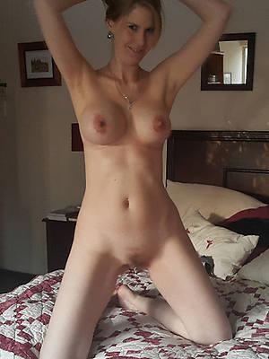 Mature women porn downloads