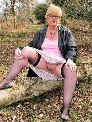 Hot mature women