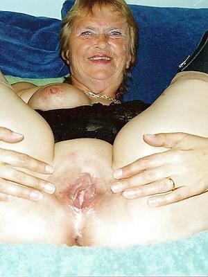 Naked mature photos